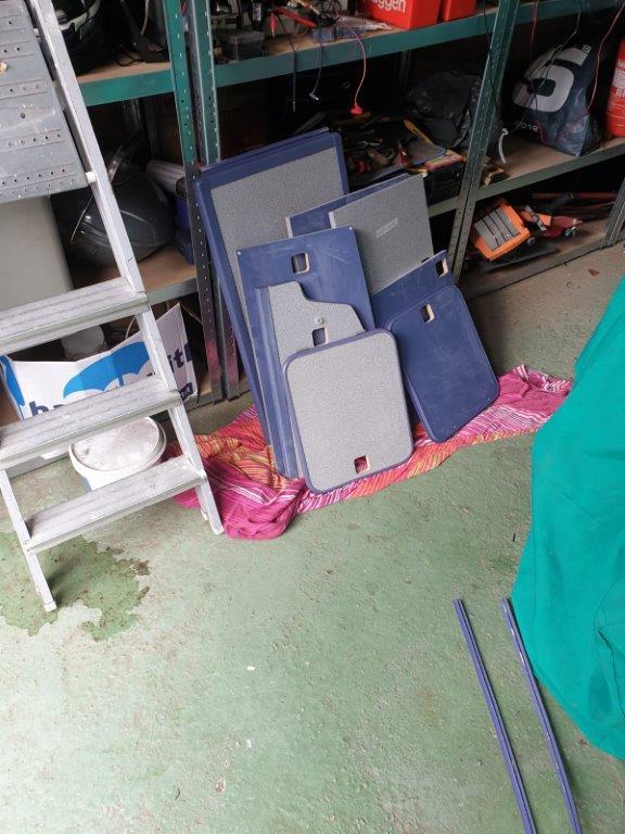 Alle deurtjes lagen in onze garage