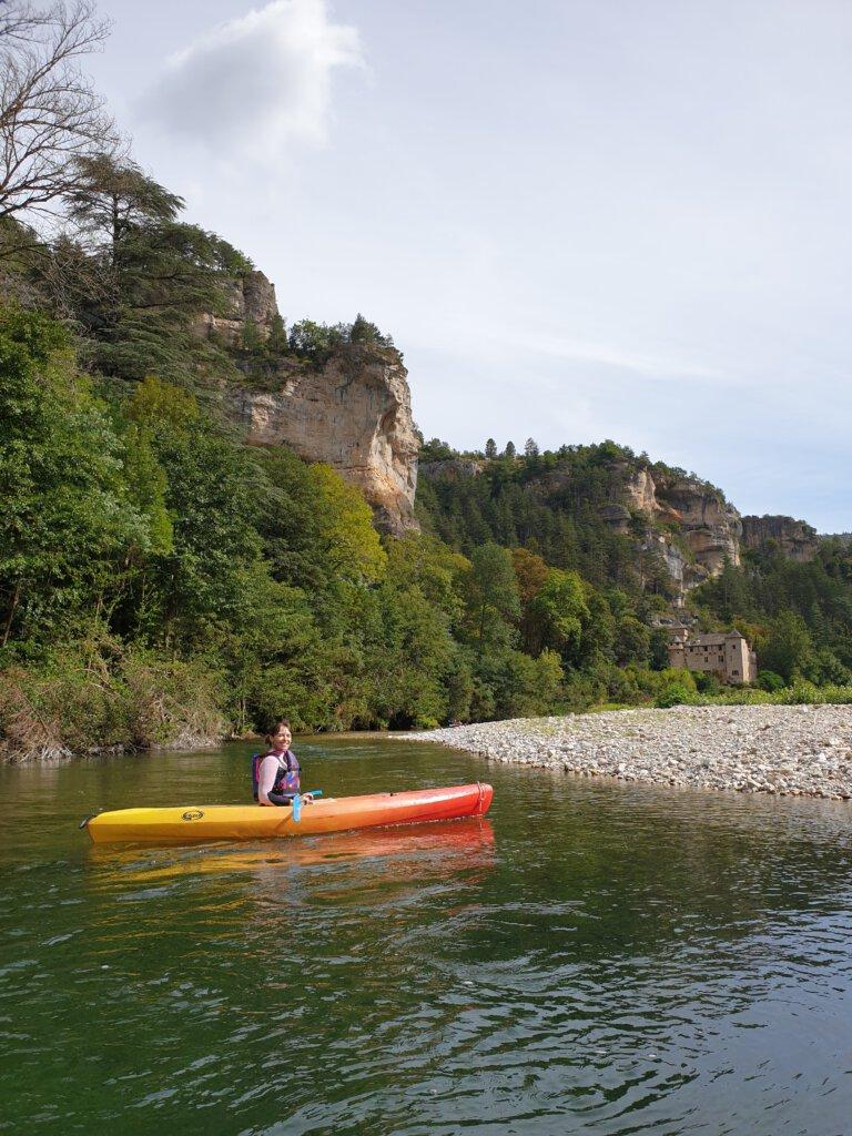 Kayakken over de Franse rivier is een echt hoogtepunt, zo kom je langs mooie kastelen