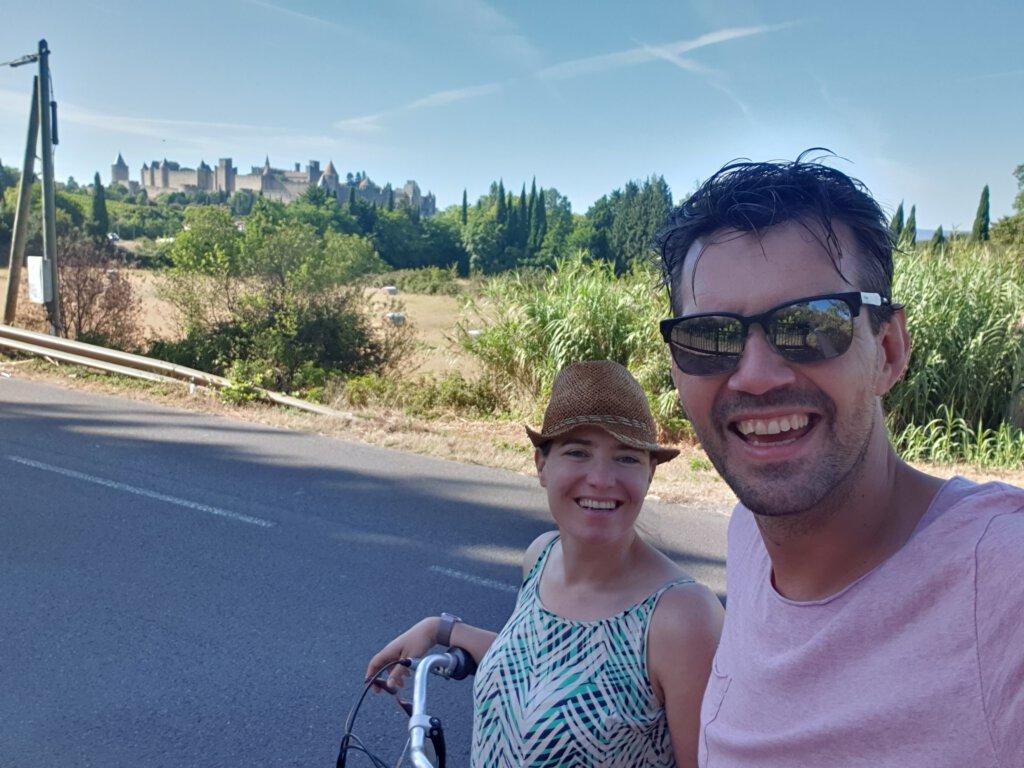 Fietstocht van camping la Cite naar de ommuurde stad van Carcassonne
