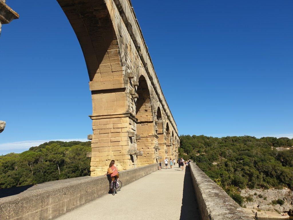 Fietsen op Pont du Gard
