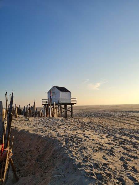 Het drenkelingenhuisje op de Vliehors op Waddeneiland Vlieland