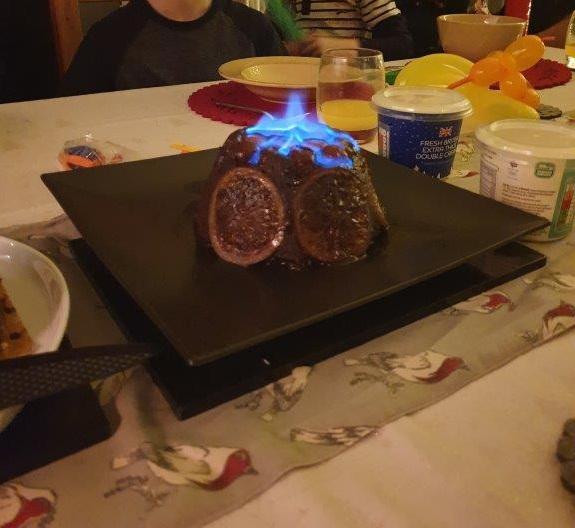 Bij een echte Engelse Kerst vieren hoort Christmas pudding