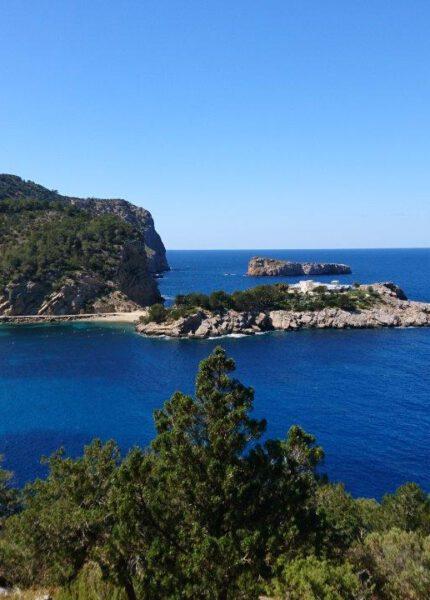Baai bij Cova de Can Marca Ibiza