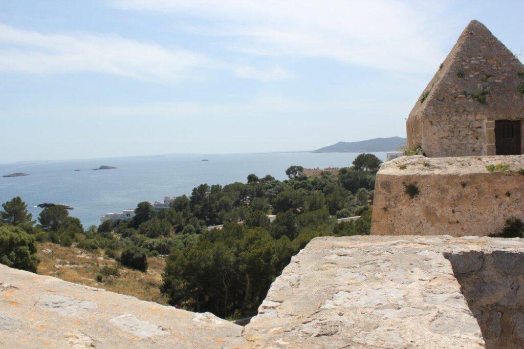Reizen naar Ibiza Dalt Villa