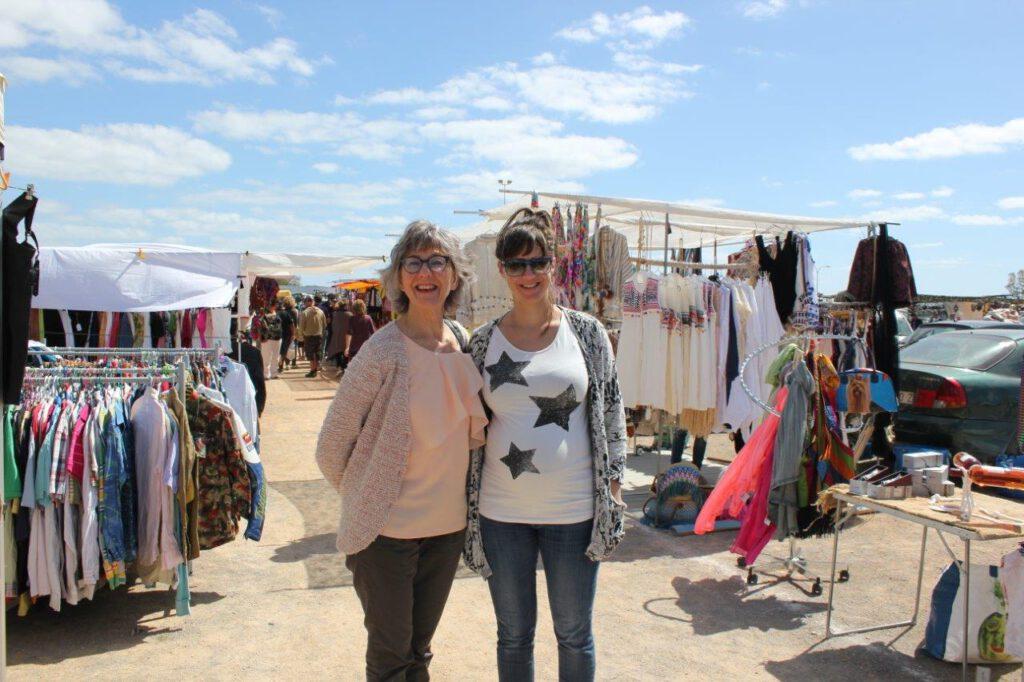 Bezoek één van de hippiemarkten op Ibiza