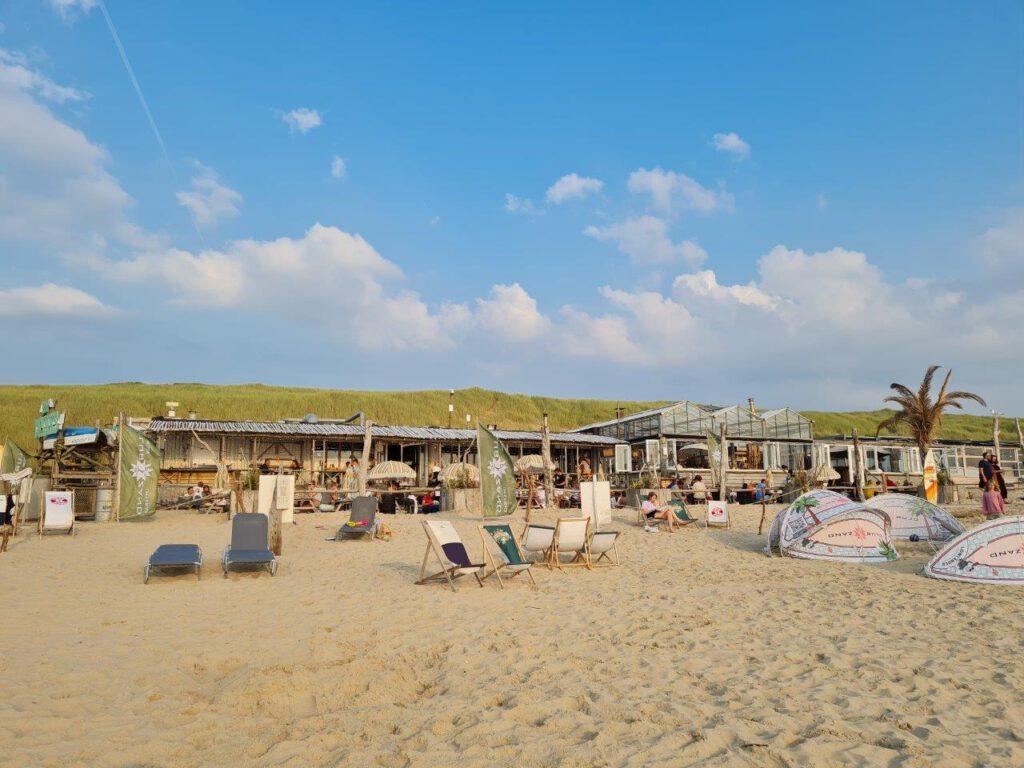 Club Zand tijdens een vakantie in Castricum