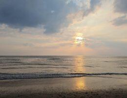 Zonsondergang op het strand van Castricum