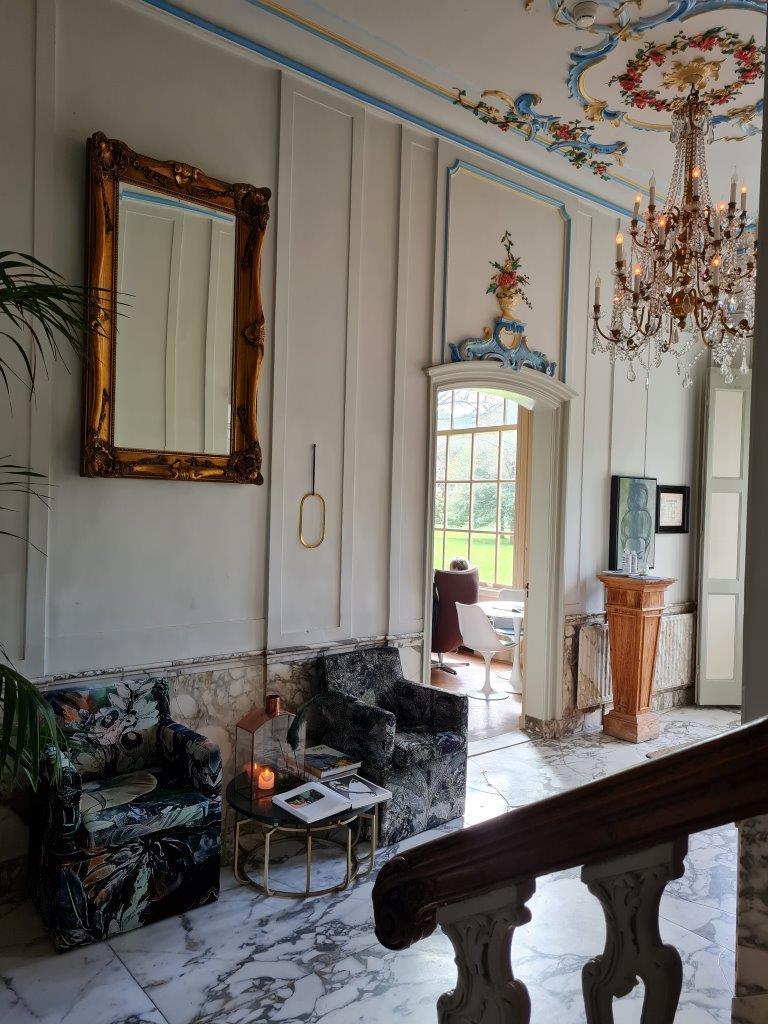 Het bijzondere interieur van Plantage Rococo